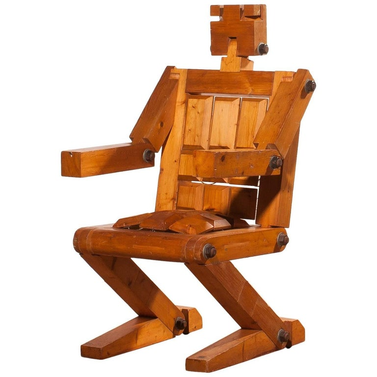 1970s, Pinewood Robot Chair For Sale