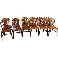 Set of 12 Antique Thames Valley Windsor Chairs
