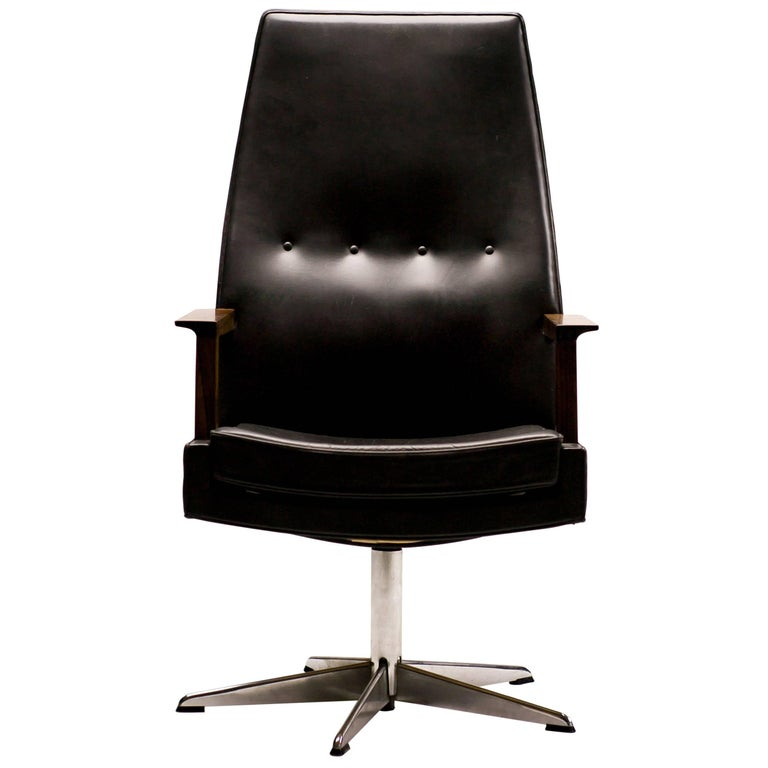 Scandinavian Rosewood And Leather Executive Desk Chair For