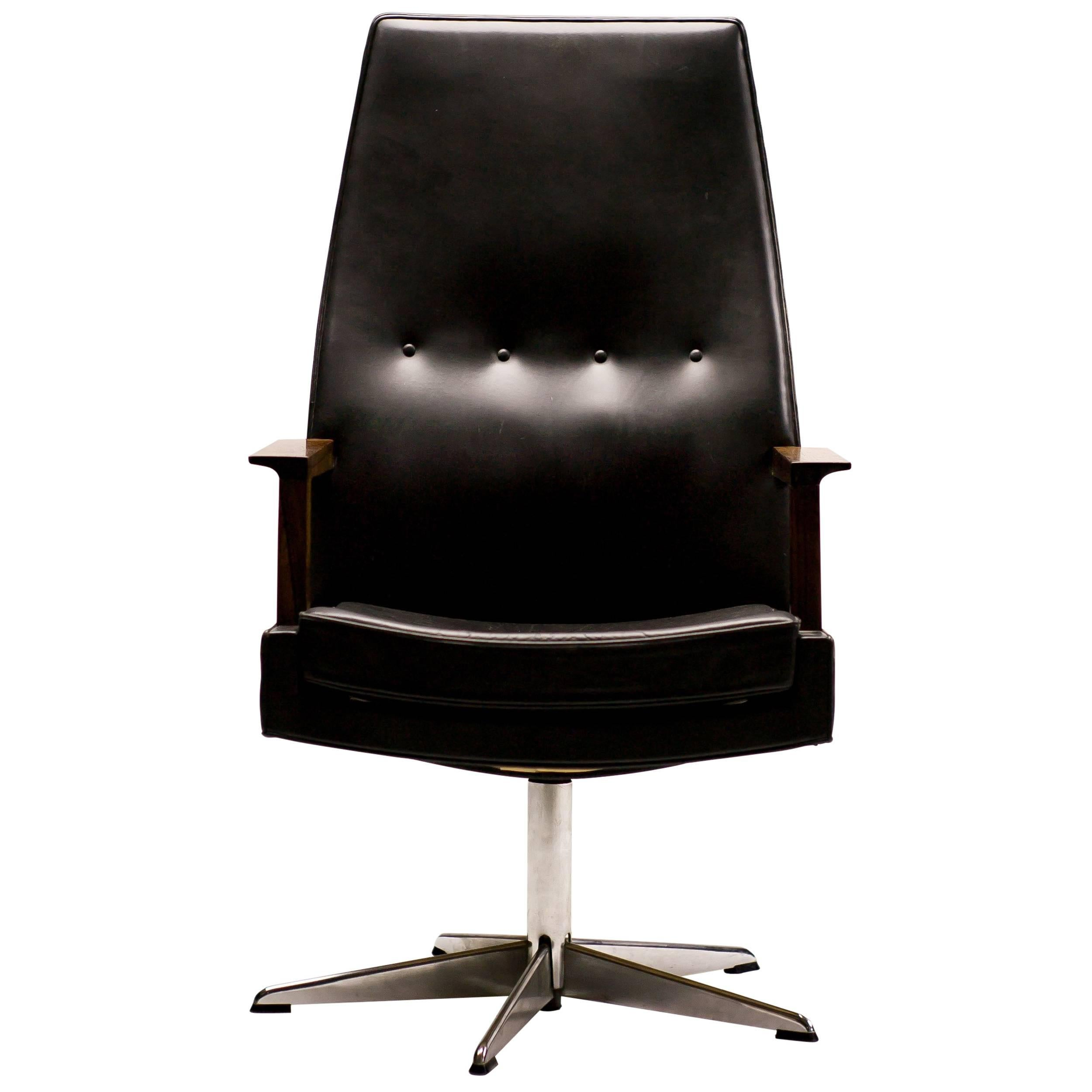 Attrayant Scandinavian Rosewood And Leather Executive Desk Chair For Sale