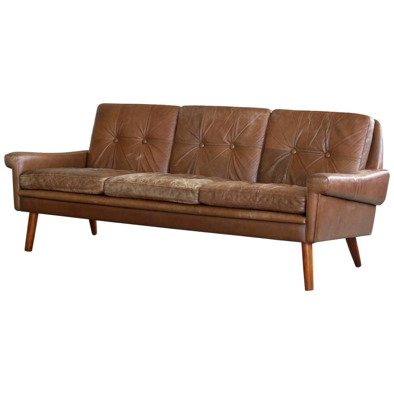 Danish Midcentury 1960s Three-Seat Sofa in Brown Patinated Leather, Sven Skipper
