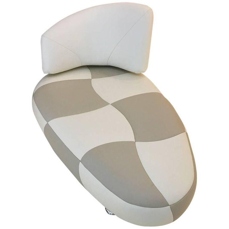 Kikko White & Taupe Leather Chaise Longue with Polished Chrome Steel by Leolux