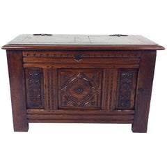 19th Century English Well-Proportioned Carved Oak Coffer