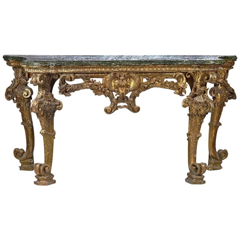 Large Early 18th Century Carved Giltwood Serpentine Console Table
