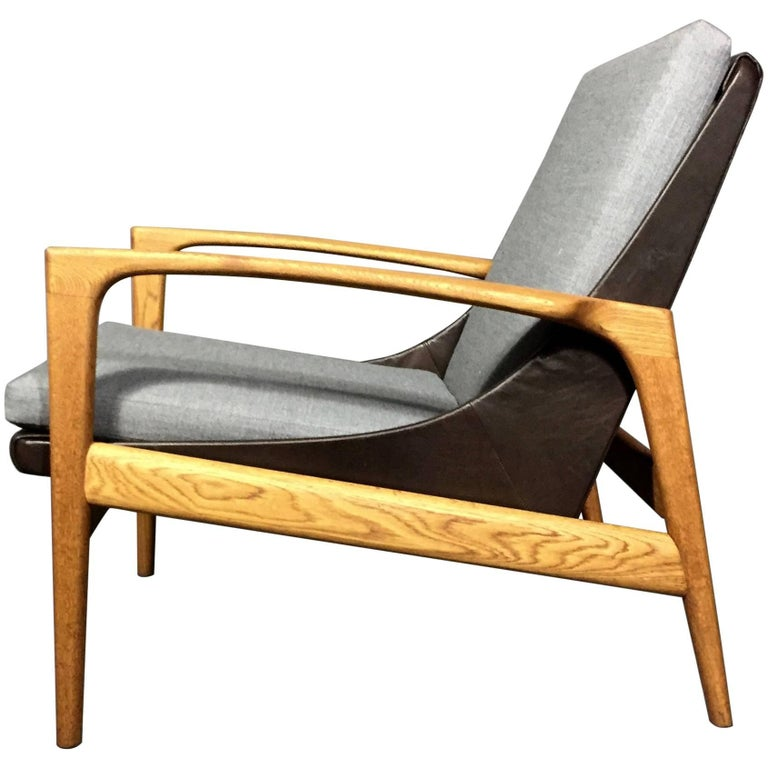 1950s Ib Kofod-Larsen Attributed Lounge Chair, AB Trensums, Sweden