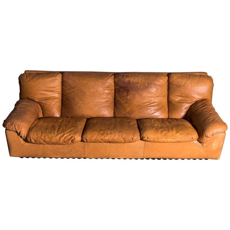 Midcentury Tan leather Bonheur Sofa by T. Ammannati & G.P.Vitellii