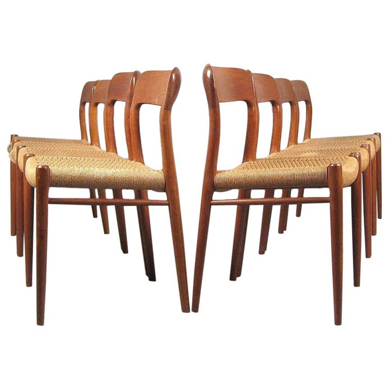 Niels O. Møller Set of Eight Dining Chairs Model No. 75 in Teak and Rush Seat For Sale