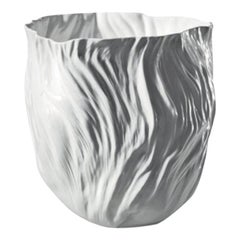 Adelaide i Medium White Vase by Xie Dong for Driade