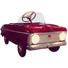 Azak Moskvich Toy Pedal Car in Red, 1976