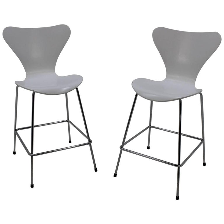Pair of Mid-Century Modern Danish Bar Stools, Arne Jacobsen for Fritz Hansen