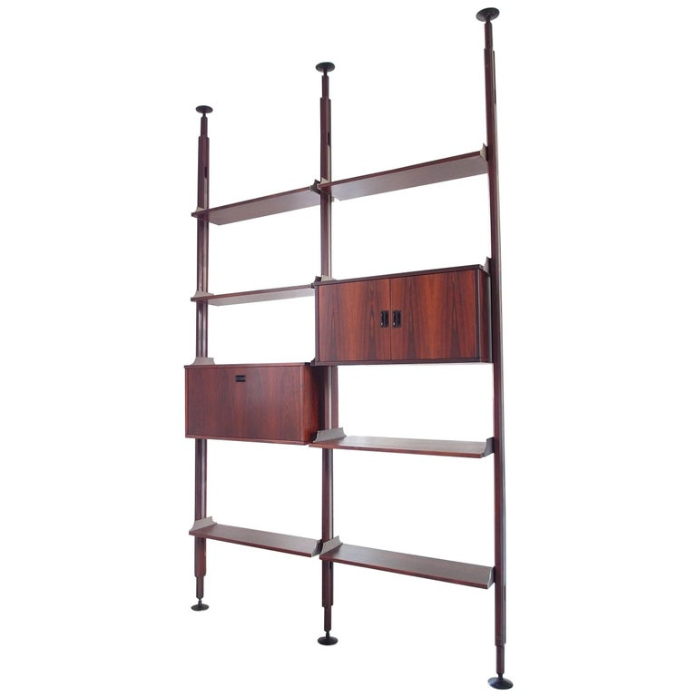 Stildomus Shelving System Library Executed in Caviuna Wood, Italy, circa 1960 For Sale
