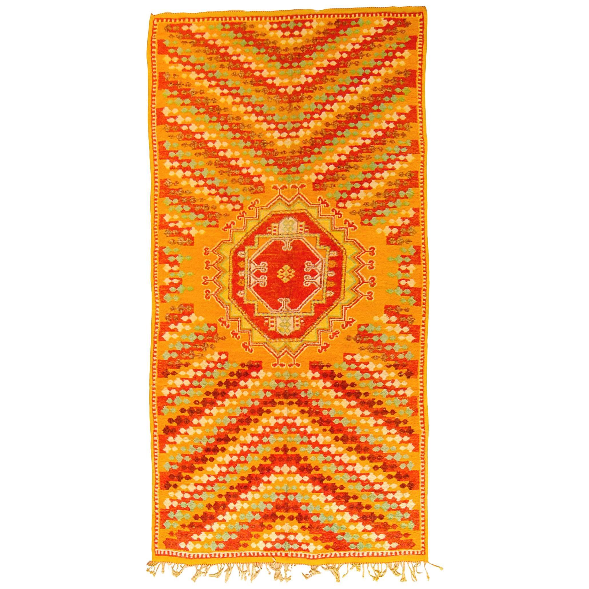 Vintage Moroccan Rug With Quatrefoil Design In Red, Cream, Orange