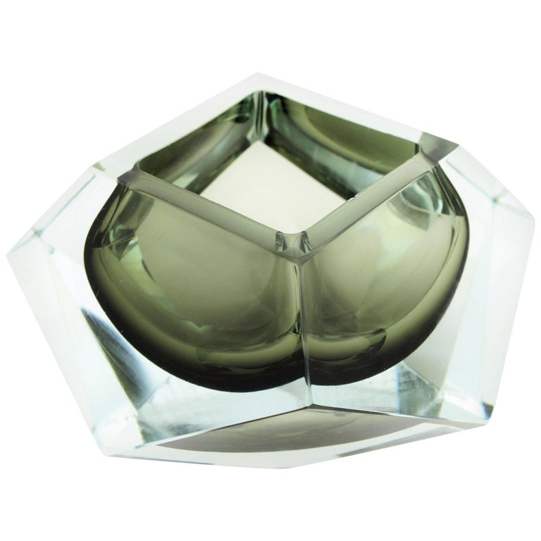 Extra Large Flavio Poli Smoked Grey and Clear Faceted Sommerso Murano Glass Bowl