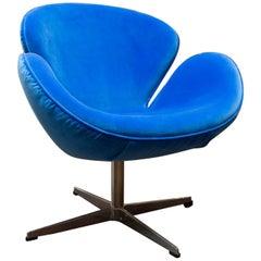 Fritz Hansen Style Swan Chair in Blue Velvet