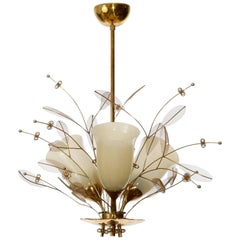 Paavo Tynell Chandelier 9029/3 'Bridal Bouquet' for Taito Oy, Brass Glass, 1950