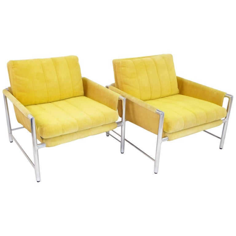 Pair of 1960s Founders Furniture Lounge Chairs in the Style of Harvey Probber For Sale