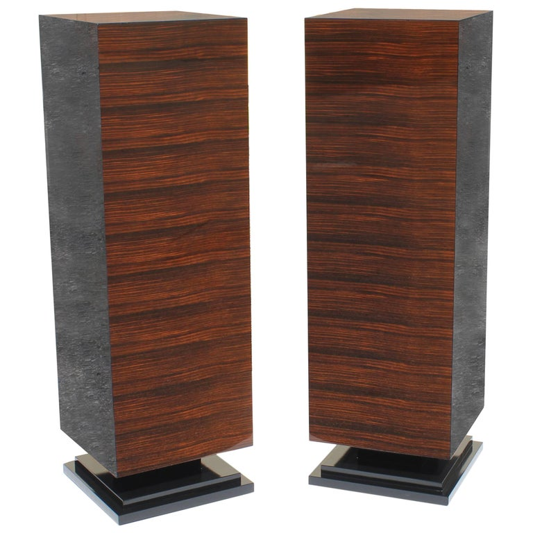 Standing Pair of French Art Deco Exotic Macassar Ebony Pedestals, 1940s