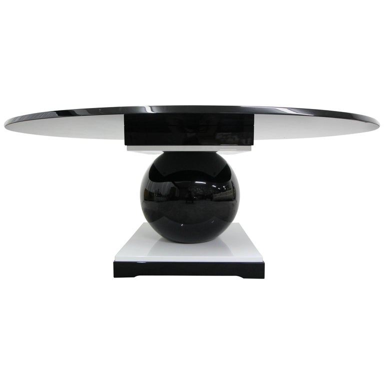 French Contemporary Lacquered Oval Dining Table by Jacques-Henri Lartigue, 1918