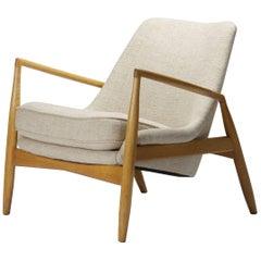 Early Seal Lounge Chair by Ib Kofod-Larsen in Birch, Sweden, 1956