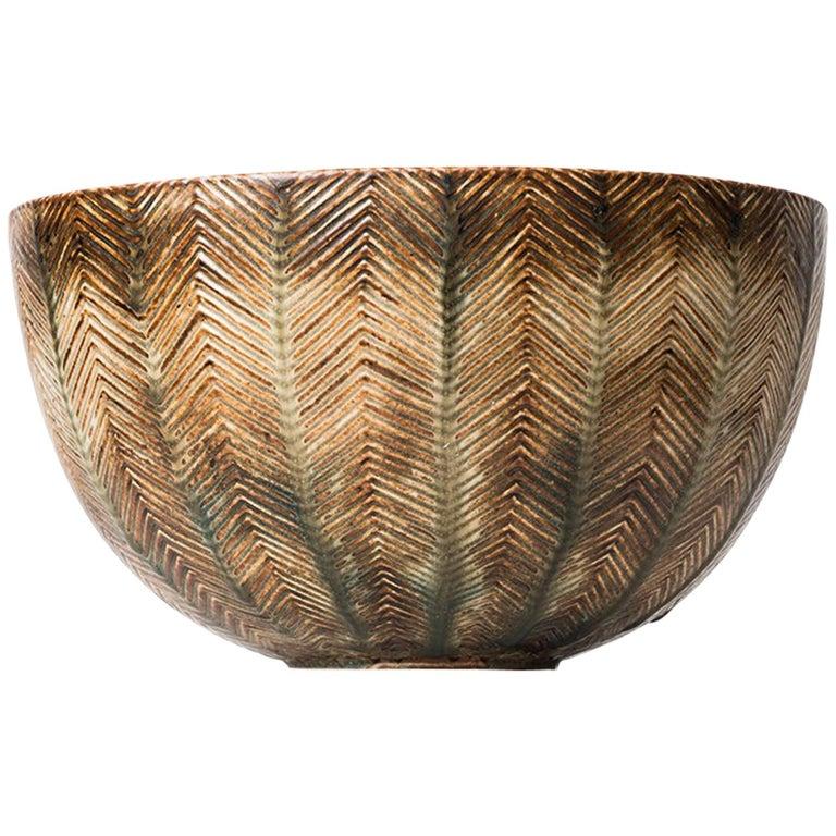 Axel Salto Ceramic Bowl Nr 20716 by Royal Copenhagen in Denmark