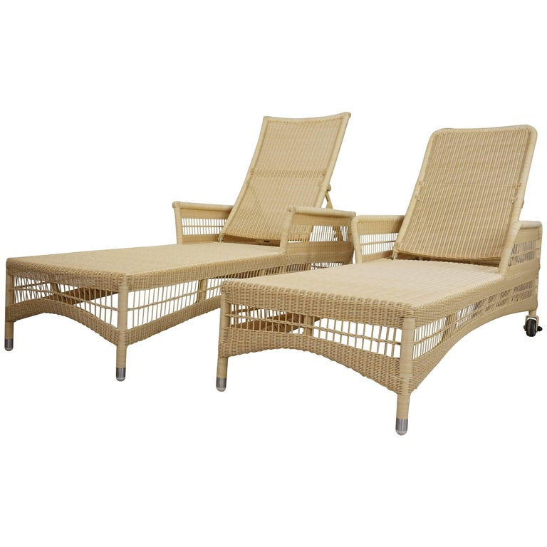 Loom Lloyd Resin Pair of Outdoor Relax and Recliner Chaises Longues