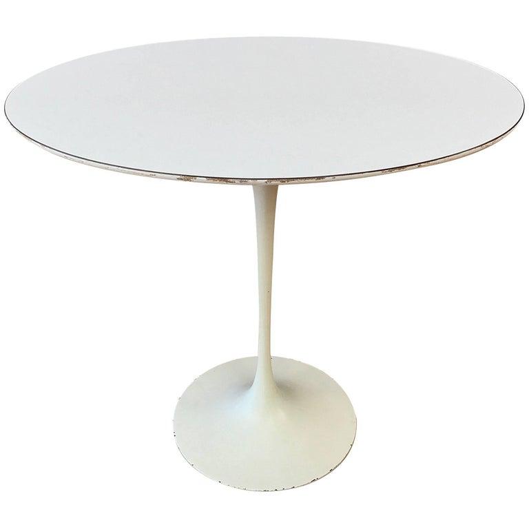 Eero Saarinen for Knoll oval side table, late 1950s