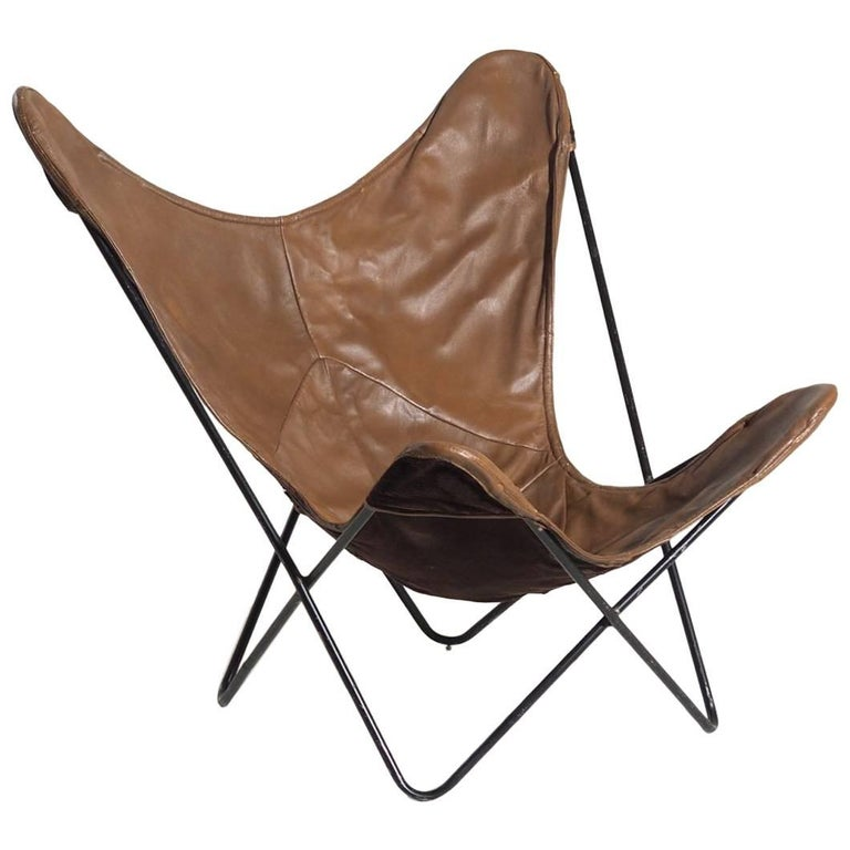 Original Butterfly Chair in Brown Leather and Black Steel For Sale