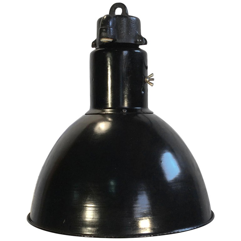 Bauhaus Industrial Enamel Pendant Lamp, 1930s