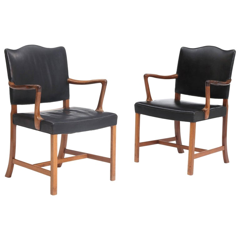 Pair of Ole Wanscher Chairs of Rosewood and Black Leather Labelled by AJ Iversen