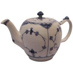 Blue Fluted Half Lace Teapot, No.: 609 by Royal Copenhagen