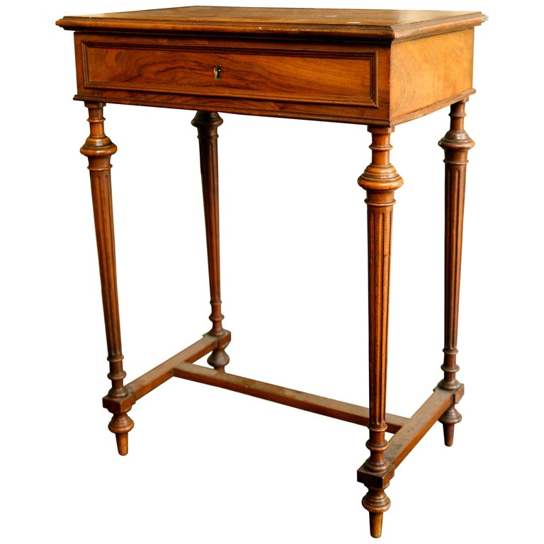 19th Century French Writing Sewing Stand in Bird's-Eye Maple Veneer For Sale