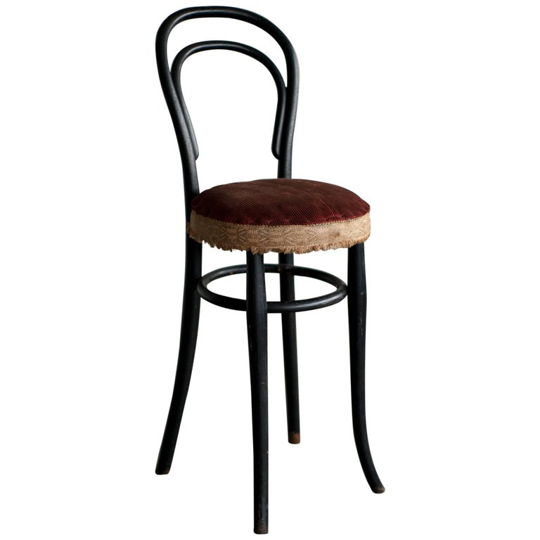 Early 20th Century Thonet No. 14 Children's Chair For Sale