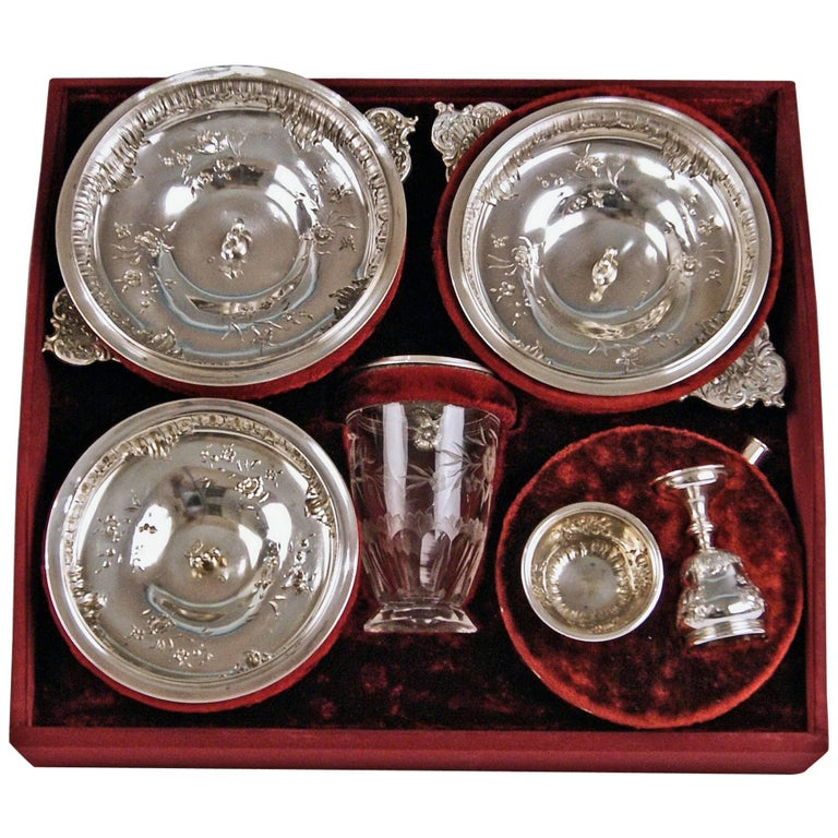 Silver Austrian gorgeous travelling set of dishes and flatware / of most elegant appearance.  Particular feature: One-off production / special design in original casket, once having owned by Countess Wanda Antonia von Sandizell – Lamberg (1867 –