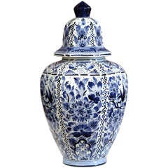 Large Mid-20th Century Dutch Blue and White Faience Delft Ginger Jar with Top