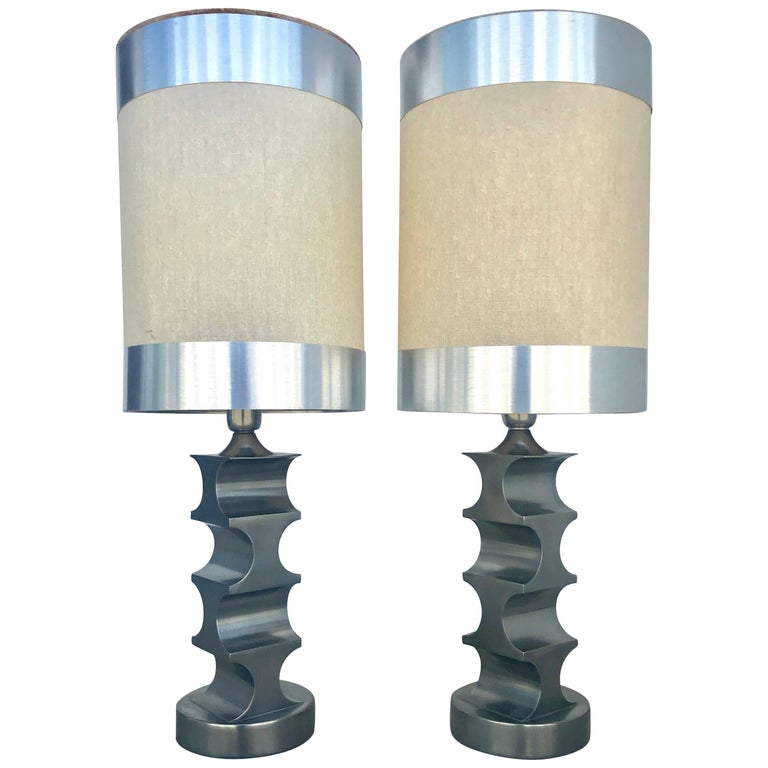 Sculptural Pair of 1970s Italian Steel Table Lamps with Original Custom Shades For Sale