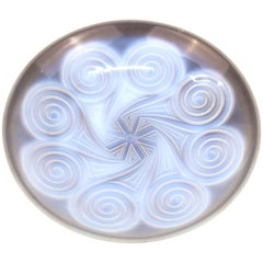 Art Deco Etling Bowl in Opaline Glass