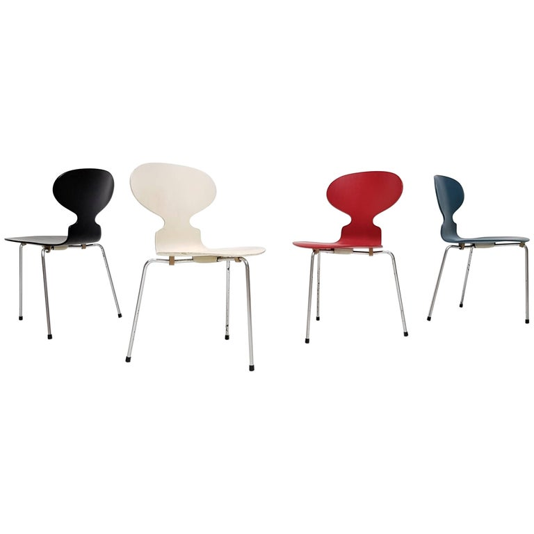 Model 3100 'Ant' Chairs by Arne Jacobsen for Fritz Hansen, Designed 1952