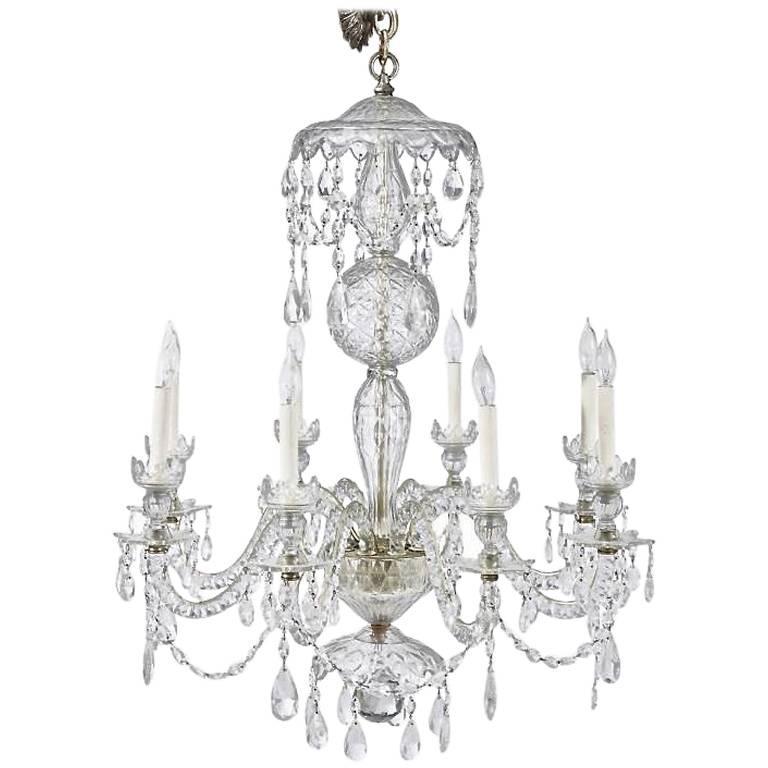 Mid- 19th Century Irish Crystal Eight-Light Chandelier in Georgian Style