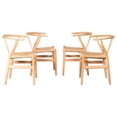 Wishbone Dining Chairs Model CH24 by Hans Wagner for Carl Hansen & Søn, Denmark