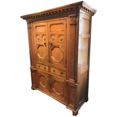 Extremely Rare 19th Century Irish Cabinet