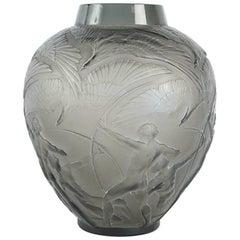 """René Lalique Vase """"Archers"""" Topaze"""