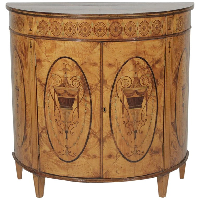 Exceptional Inlaid Early 19th Century Inlaid Commode