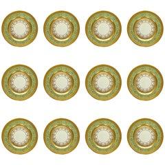 12 Porcelain Dinner Plates