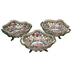 Meissen Set of Three Oval Reticulated Basket Bowls with Flowers, circa 1850