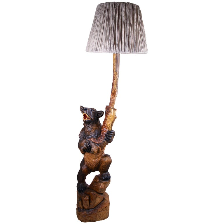Black Forest Floor Lamp Hand-Carved, Germany, circa 1940