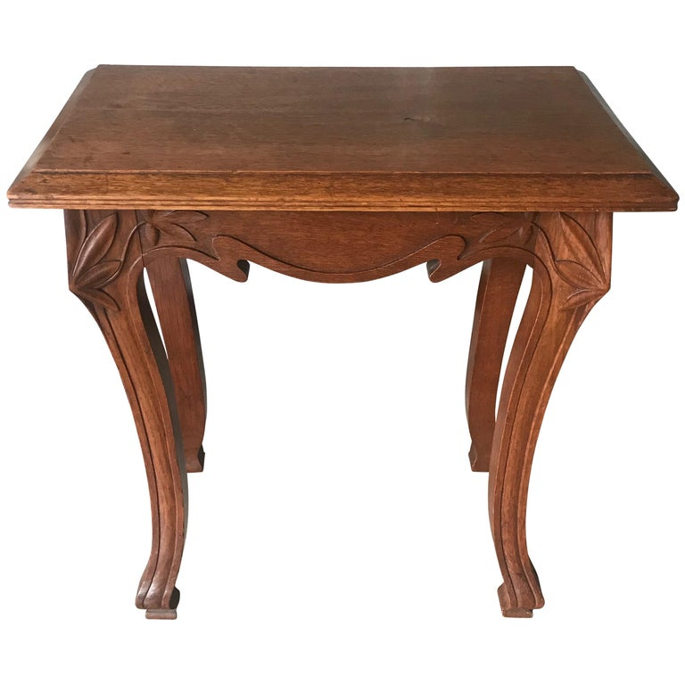 Early 20th Century Quality Carved Small Jugendstil End or Side Table or Stand