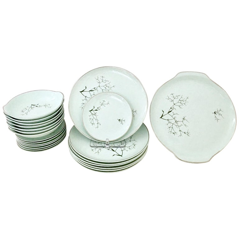 "Mid-Century Modern Ceramic and Platinum Dinnerware, ""Baby's Breath"", S/22"