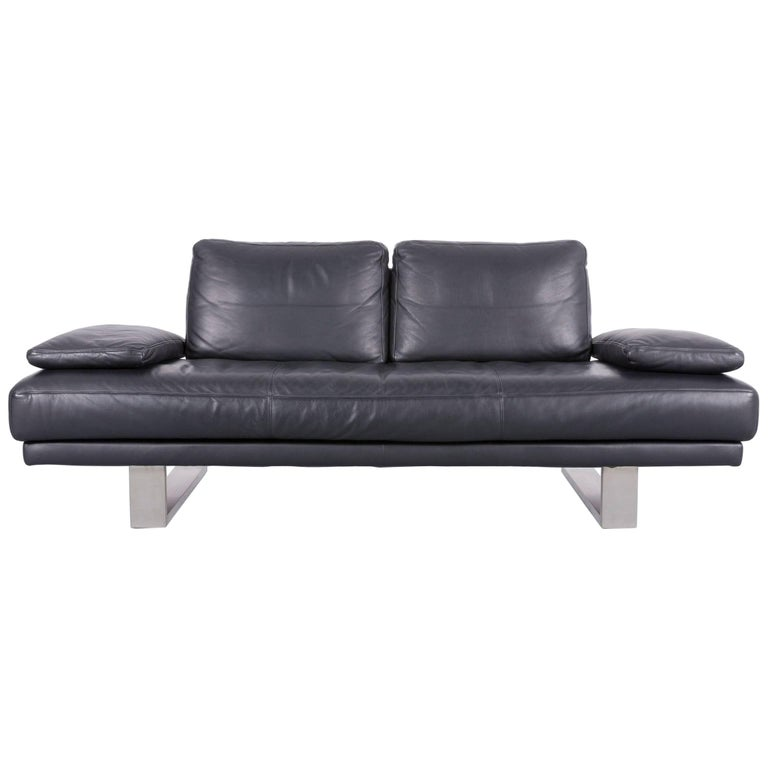 Rolf Benz 6600 Designer Leather Sofa in Black Two-Seat