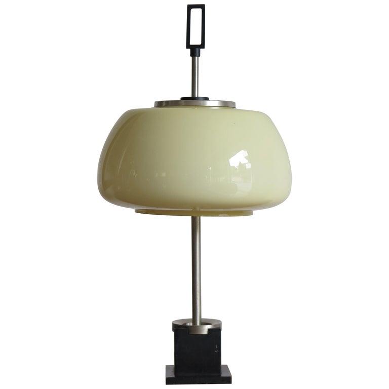 Lumi Mid-Century Modern White Glass Italian Table Lamp, 1950s