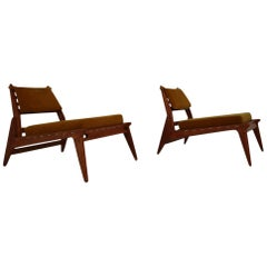 Mid-Century Modern Lounge Chairs and Ottoman 'Hunting Man' Made of Oak